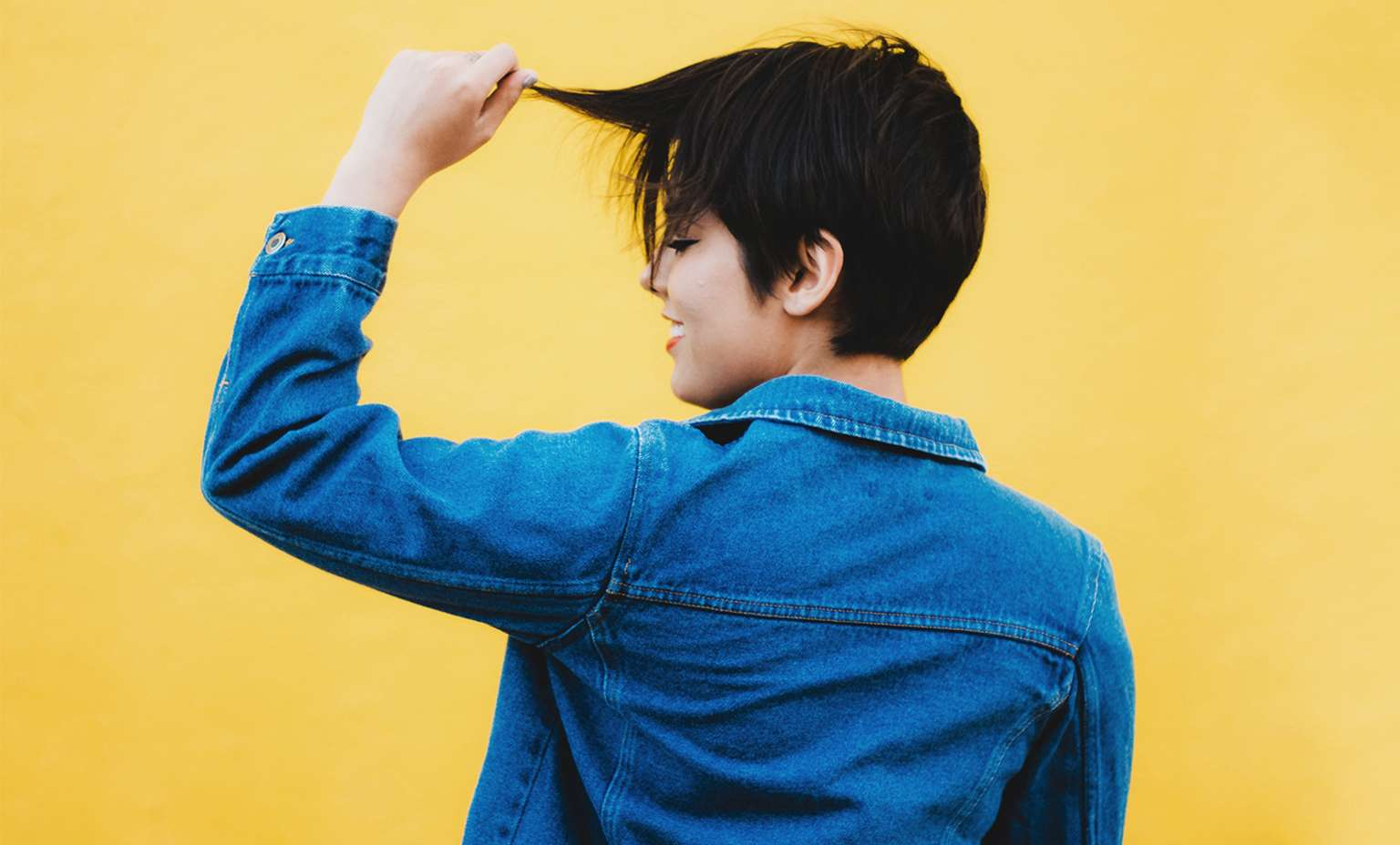 Tips For Dressing Professionally for Working Millennials - Hair Styles